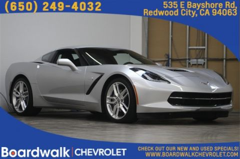 Pre-Owned 2018 Chevrolet Corvette Stingray RWD 2D Coupe