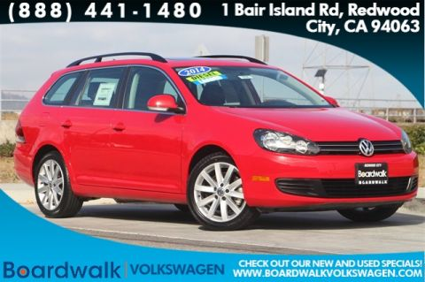 Pre-Owned 2014 Volkswagen Jetta SportWagen 2.0L TDI With Navigation