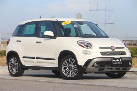 Pre-Owned 2019 FIAT 500L Trekking With Navigation